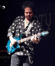 Steve Lukather in Palatine, IL