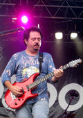 Lukather7_70dpi