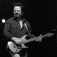 Steve_lukather1ab