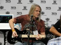 Steve Morse @ Ernie Ball / Music Man