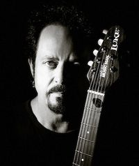 Steve Lukather (credit: Ash Newell)